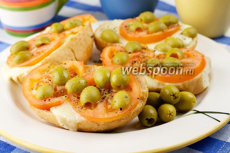 Фото Горячие бутерброды с моцареллой