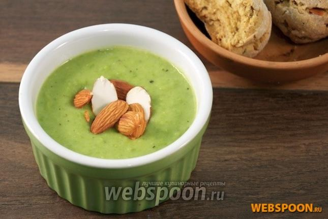 Фото Крем-суп из зелёного горошка