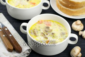 Куриный суп с грибами и сливками