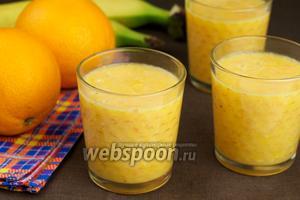 Смузи из апельсинов и банана