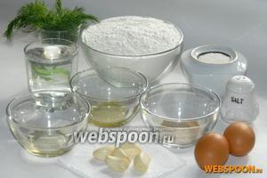 Для приготовления пампушек с чесноком нам понадобится: мука, сухие дрожжи, яйца, оливковое и подсолнечное масло, тёплая кипячёная вода, чеснок, зелень, сахар и соль.