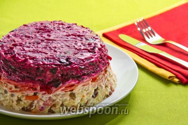 Фото Овощной салат с черносливом