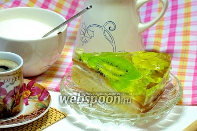 Фото Торт с желе и фруктами