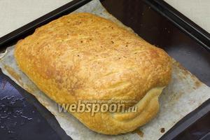Блюдо подавать с зелёным салатом или картофелем.