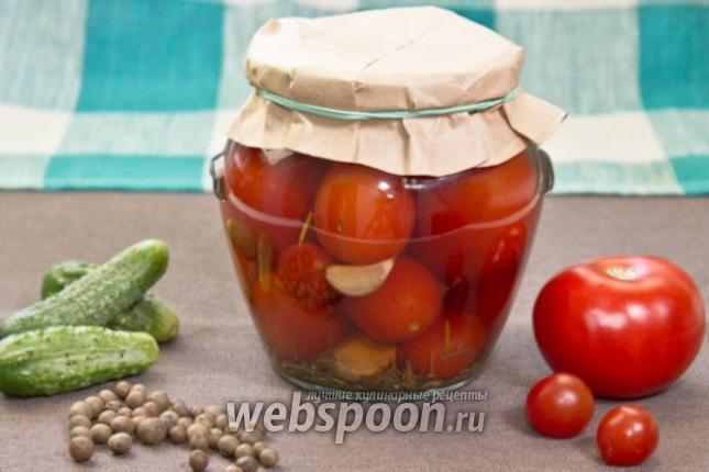 Фото Консервированные помидоры с розмарином и чесноком