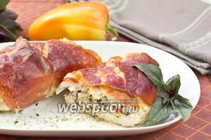Куриные грудки с начинкой из рикотты и базилика