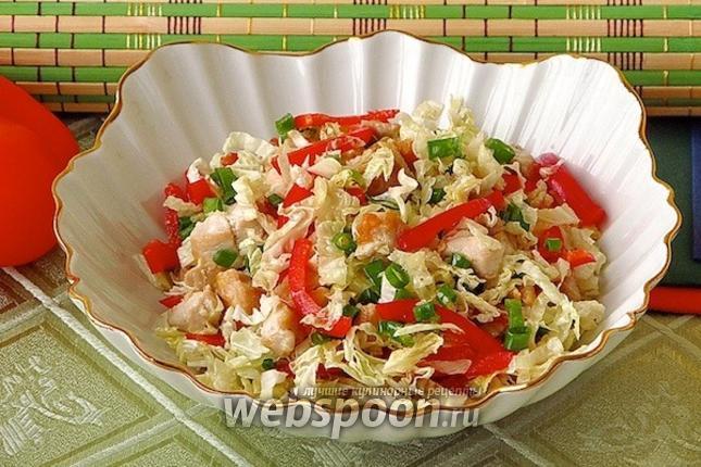 салат из китайской капусты с курицей