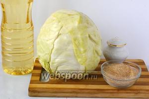 Для приготовления постных капустных шницелей нам понадобится капуста, сухари, соль, подсолнечное масло.