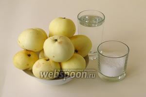 Для приготовления повидла нужно взять кислые яблоки (лучше сорта «Белый налив»), ксилит или сорбит (на выбор) и воду.
