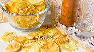 Фото рецепта Картофельные чипсы с паприкой в микроволновке