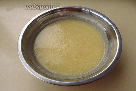 Крем растереть до однородности и поставить в холодильник на 2 часа.