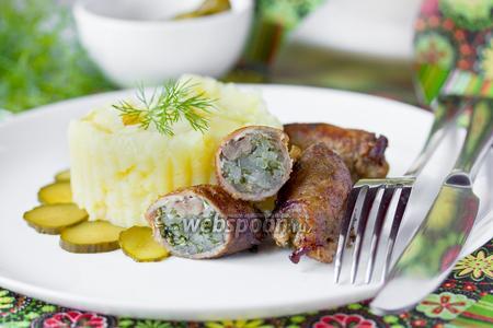 «Пальчики» из свинины с салом и зеленью