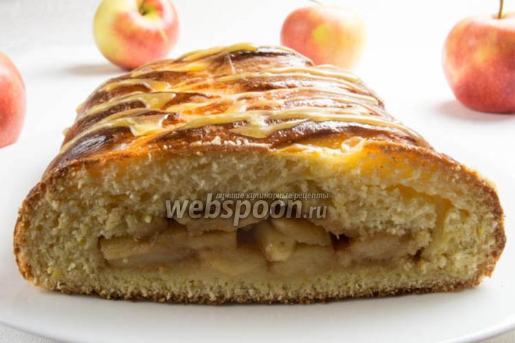Фото Яблочный пирог «Коса»