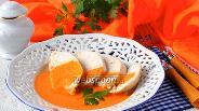 Фото рецепта Куриные грудки в овощном кремовом соусе