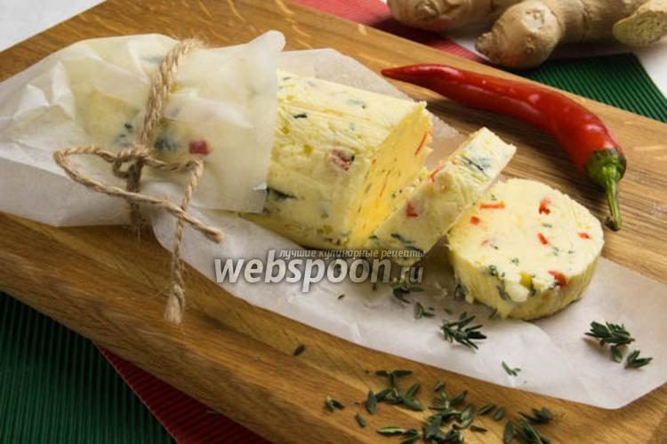 Фото Имбирное масло с перцем и тимьяном