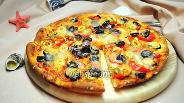 Фото рецепта Пицца с морским коктейлем