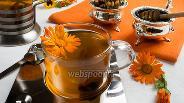 Фото рецепта Имбирный чай с календулой и корицей