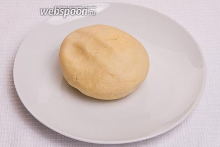 «Мягко» замешиваем тесто.