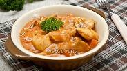Фото рецепта «Гуляш» с куриным филе и шампиньонами
