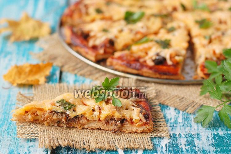 Фото Пицца с консервированной скумбрией