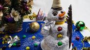 Фото рецепта Песочный торт «Снеговик» с заварным кремом