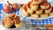 Фото рецепта Пирожки с картофелем, луком и грибами жареные