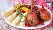 Фото рецепта Куриные голени в клюквенно-медовом соусе
