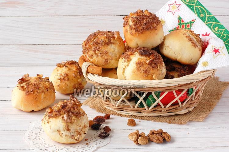 Фото Постные булочки с изюмом