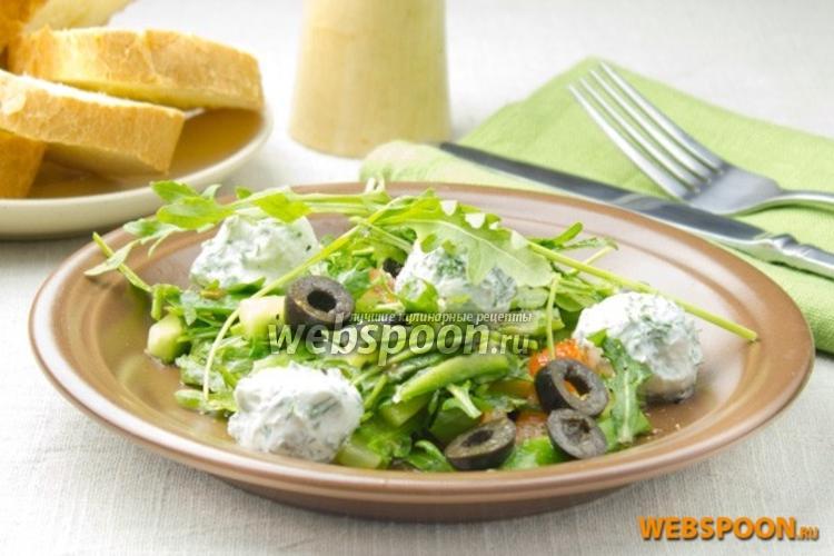 Фото Овощной салат с сыром Фета