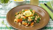 Фото рецепта Салат с фасолью и томатами