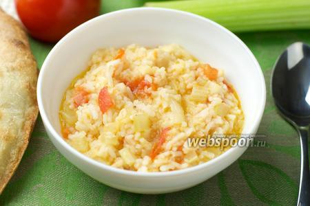 Рис с помидорами и сельдереем