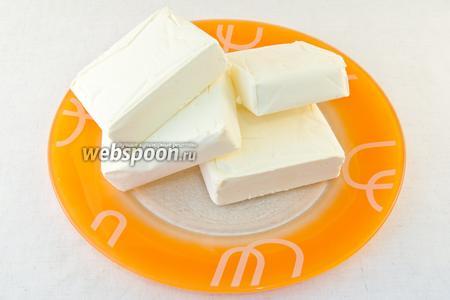 Для приготовления гхи вам понадобится 1 кг сливочного масла. Лучше использовать домашнее масло, но если такого нет покупайте свежее несолёное сливочное масло, сделанное по ГОСТ 37-91. Масло с маркировакой ТУ не пригодно для гхи.