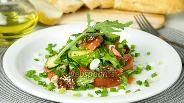 Фото рецепта Салат из свежих овощей с вялеными томатами