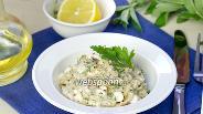 Фото рецепта Быстрый салат с тунцом и творогом