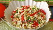 Фото рецепта Салат из пекинской капусты с курицей