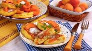 Фото рецепта Сырники с абрикосами
