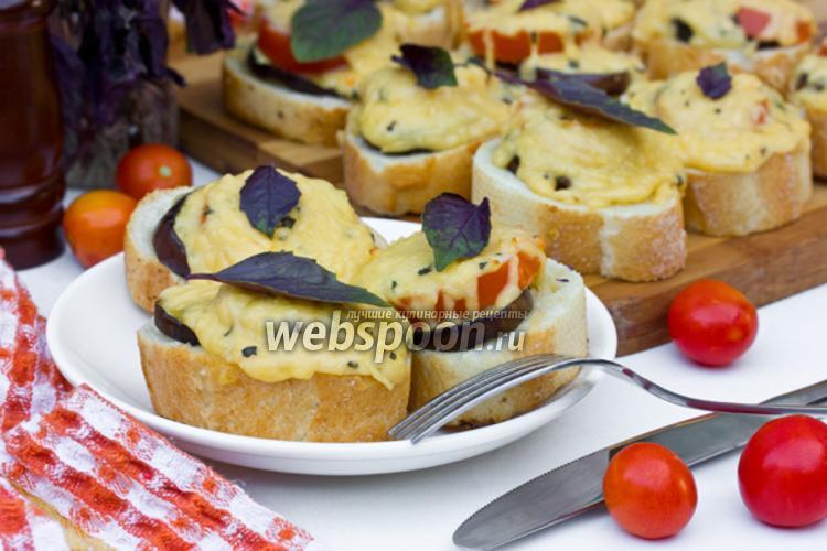 Фото Бутерброды под сырно-базиликовой корочкой