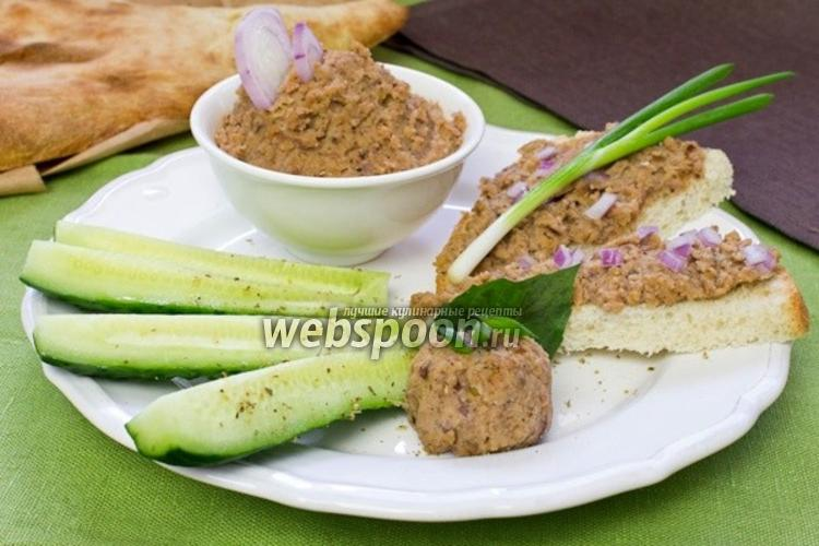 Фото Паштет из чечевицы с грецкими орехами