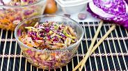 Фото рецепта Корейский салат с овощами и свиными ушками