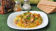 Фото рецепта Капуста, тушёная со свининой, по-домашнему