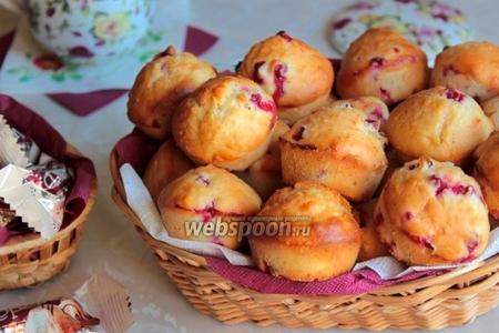 Кексы кокосовые с ягодами