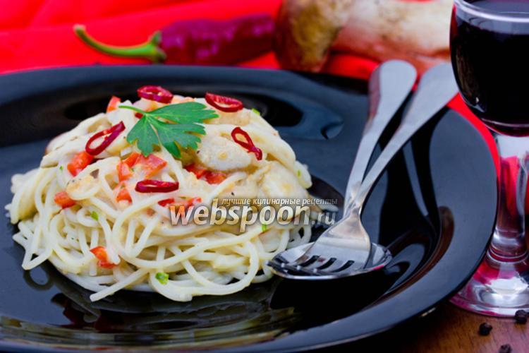 Фото Спагетти в сливочном соусе с белыми грибами и сладким перцем