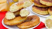 Фото рецепта Творожные лимонные пончики