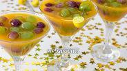 Фото рецепта Желе из облепихи с виноградом