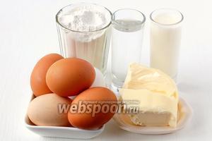 Для приготовления заварного теста на молоке нам понадобится молоко, вода, масло, яйца, мука, соль.