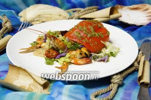 Тёплый салат с морепродуктами «Морской отшельник»