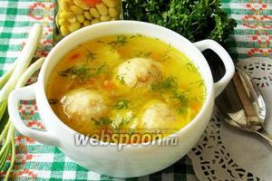 Суп с сырными кнелями