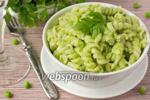 Фузилли с зелёным овощным соусом