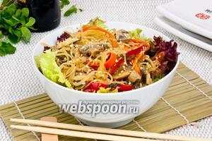 Фунчоза с грибами и овощами