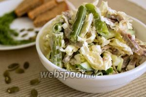 Салат с куриными желудками и пекинской капустой